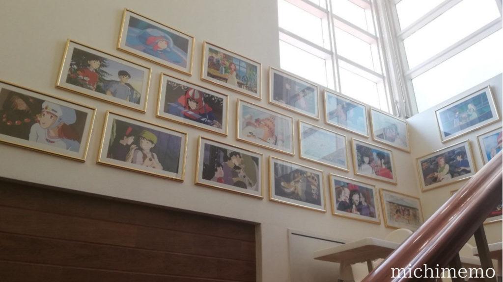 タイ メイのレストラン 階段ジブリ